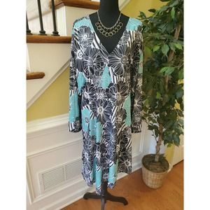 Women Size 2XL Floral Fit & Flare Dress Zip Up